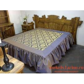 """Кровать под старину из массива дерева """"Хвалена"""""""