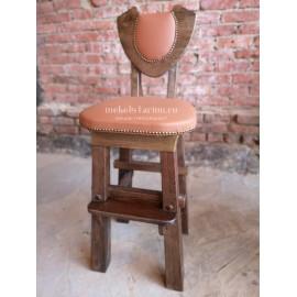 """Барный стул под старину с обивкой """"Ярило"""""""