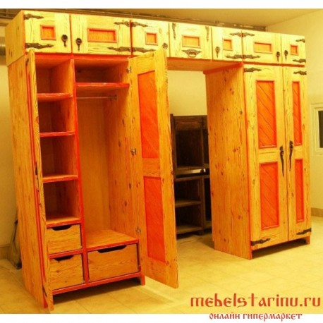 "Шкаф под старину из массива дерева ""Судимир"""