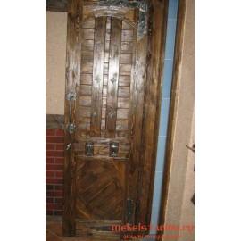 """Дверь под старину из массива дерева """"Жива"""""""