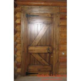 """Дверь под старину из массива дерева """"Гата"""""""