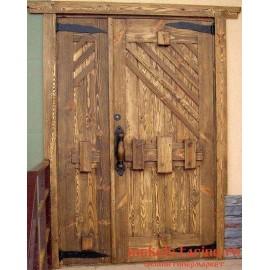 """Дверь под старину из массива дерева """"Дея"""""""